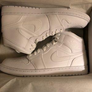 NIB triple white Jordan 2020 size 11.5